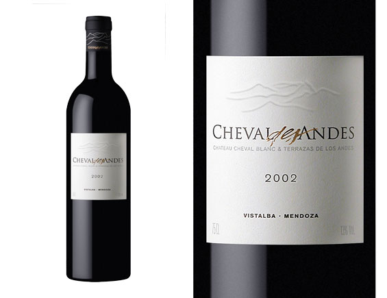 CHEVAL DES ANDES rouge 2002